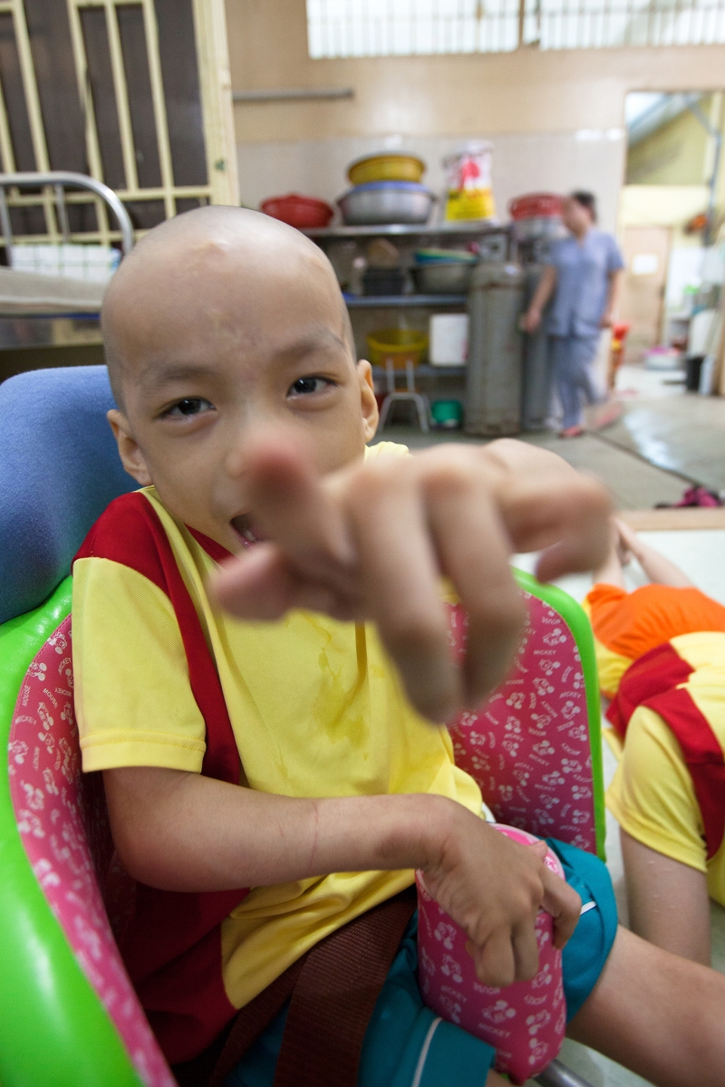 An orphanage in Vietnam - through the eyes of Khuong (age: 7)